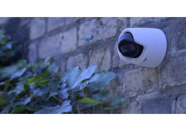 Nouvelle génération de dômes économiques à face plate offrant une excellente qualité vidéo et un éclairage IR intégré